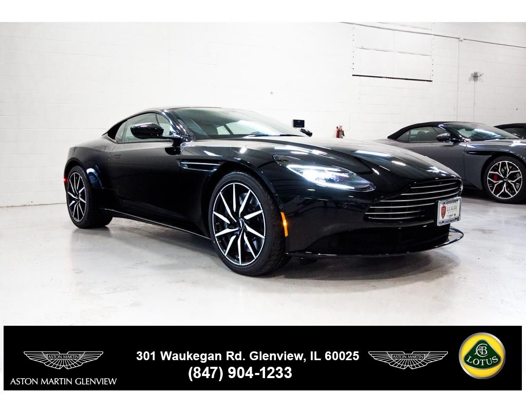 New 2018 Aston Martin Db11 V8 Coupe In Glenview A80009 Aston